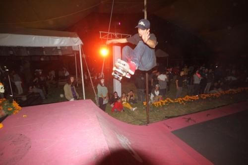 nike-sb-mexico-patinando-con-los-muertos-12