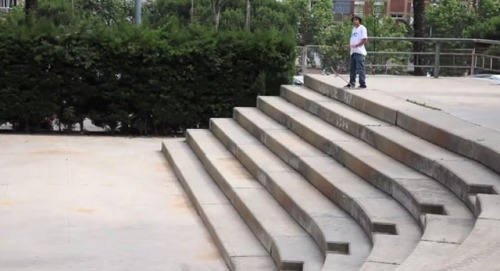 jart-skateboards-sergio-munoz-360-flip